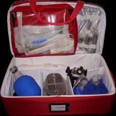 Sürgősségi táska, oxigénpalackkal, felnőtt
